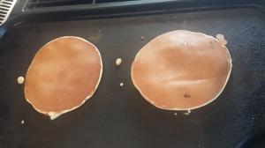 Pancakes cooking2