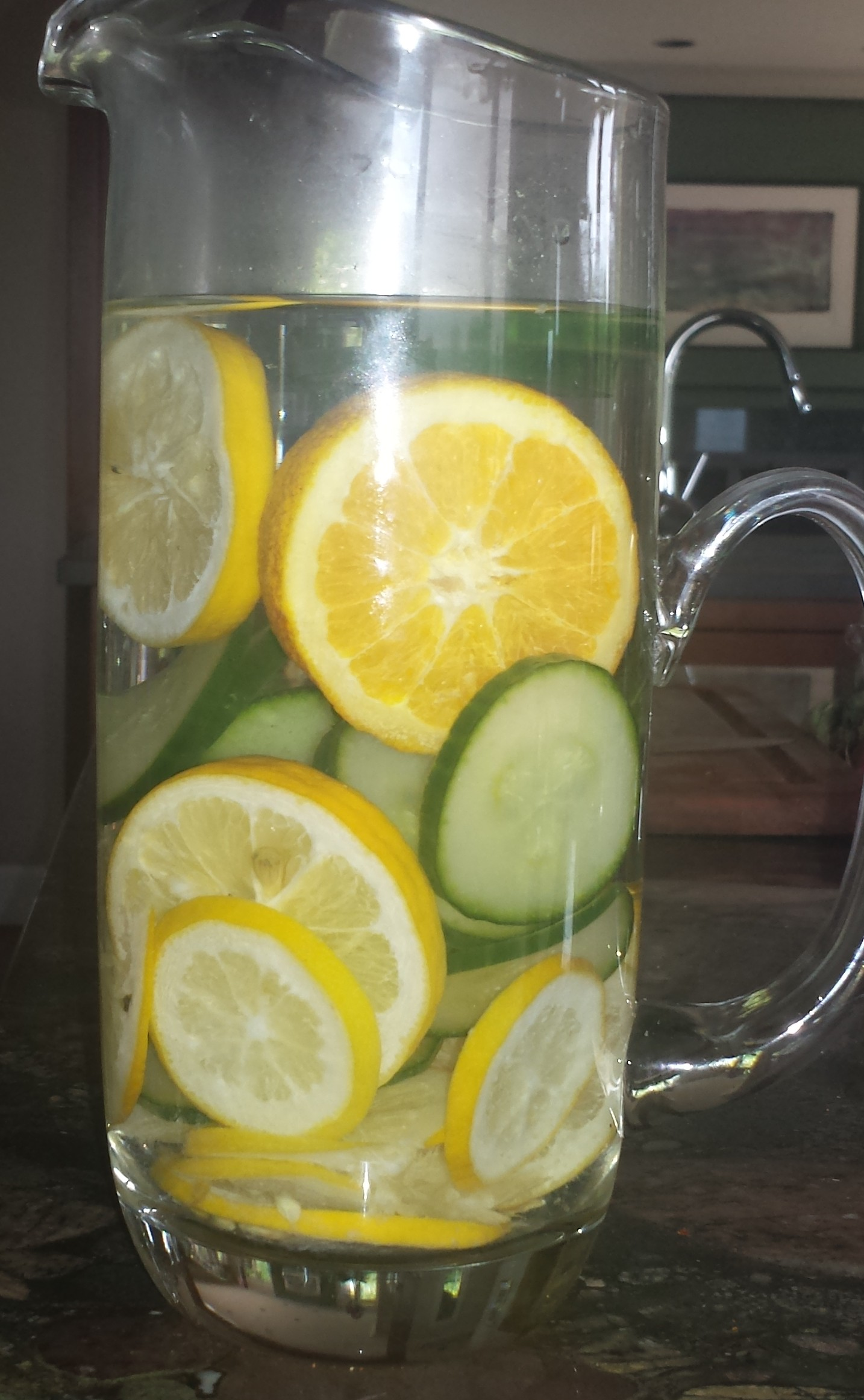 Detox Water with Lemon, Cucumber, and patton-outlet.tk water. *I've had some people ask about side effects from drinking Lemon water aka Detox Water. The Live Strong Website has a great article about drinking too much lemon water and you should read it before drinking.