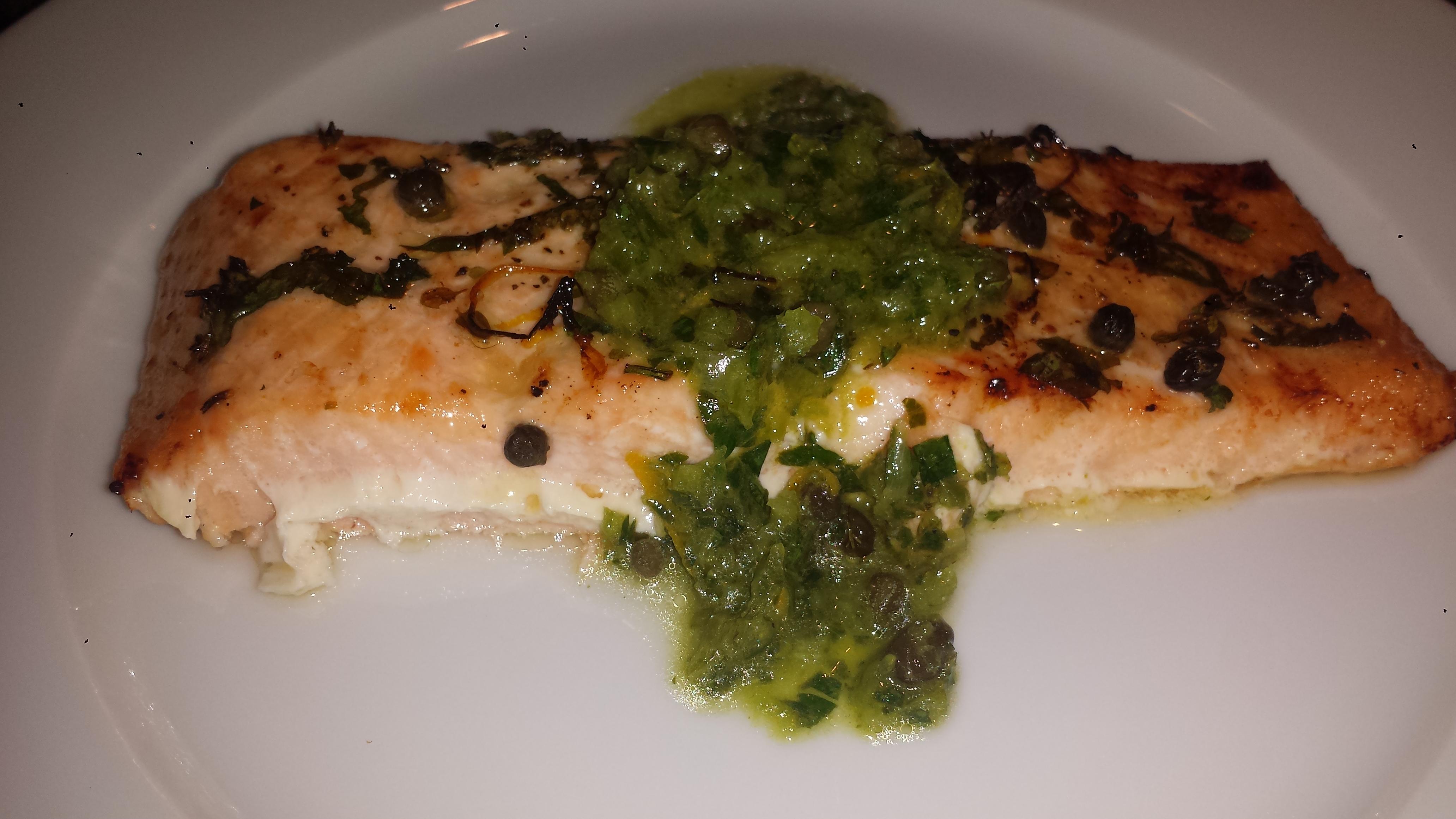 Salmon en salsa verde